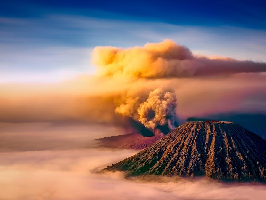 Portrait Of Bromo by Tien Sang Kok - Landscapes Mountains & Hills ( volcano, mountain, nature, mount bromo, landscape )