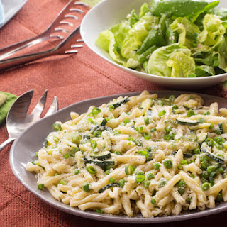 Creamy Strozzapreti Pasta with English Peas, Zucchini & Mascarpone Cheese