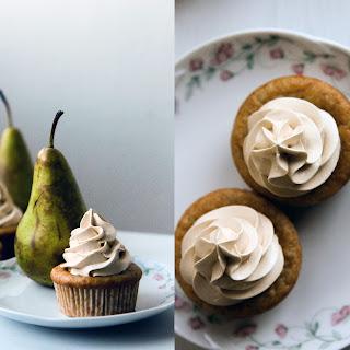 Cupcakes with Vanilla Pear Filling and Maple Caramel Swiss Meringue Buttercream. Vegan! Recipe