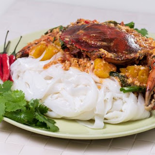 Chilli Crab over Rice Noodles.