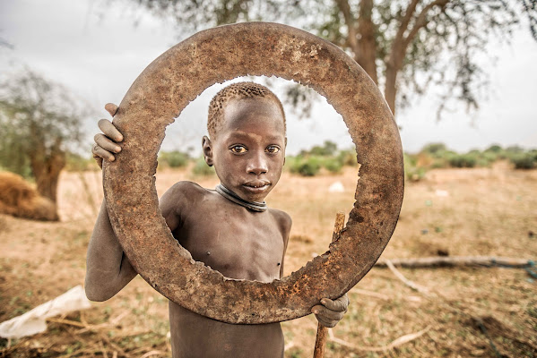 Into the Circle di Roberto Pazzi