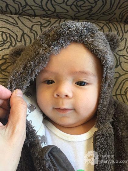 Oskar 4 Months Old บันทึกพัฒนาการหนุ่มน้อยสี่เดือน