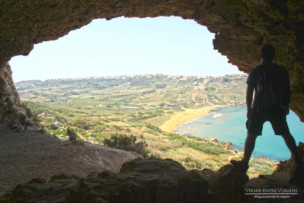 A bela praia da Baía de Ramla, na ilha de Gozo | Malta