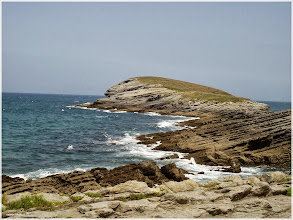 Photo: Peninsula en Sonabia ( Cantabria) http://www.viajesenfamilia.it/