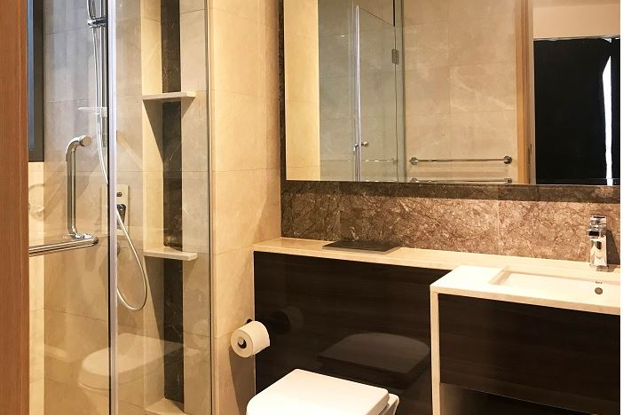 Fully furnished bathroom at Commonwealth Ave Residences, Queenstown