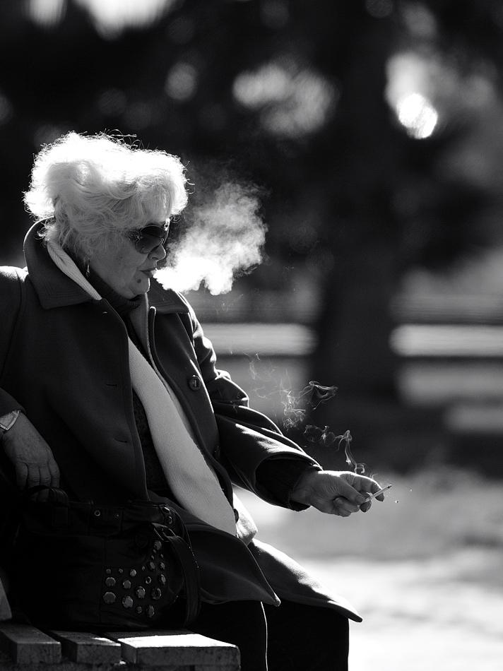 La leggerezza del fumo.... di leonardo valeriano