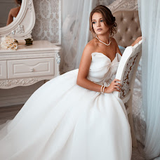 Wedding photographer Alena Kovaleva (AlenaKovaleva). Photo of 19.09.2017