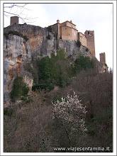 Photo: Colegiata de Santa María, Alquézar (Huesca)-www.viajesenfamilia.it