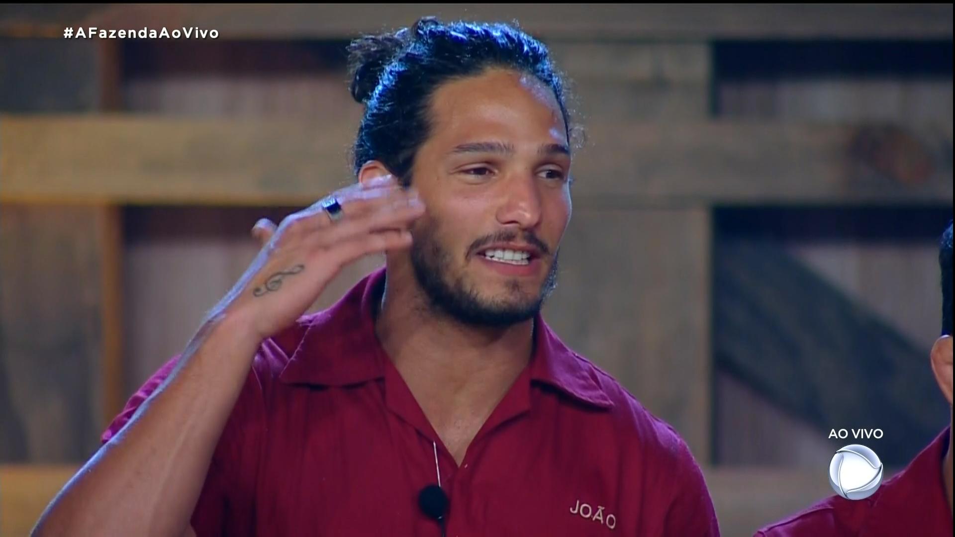 joão Zoli em uma das provas que venceu no reality show (Foto: Reprodução/Record TV)