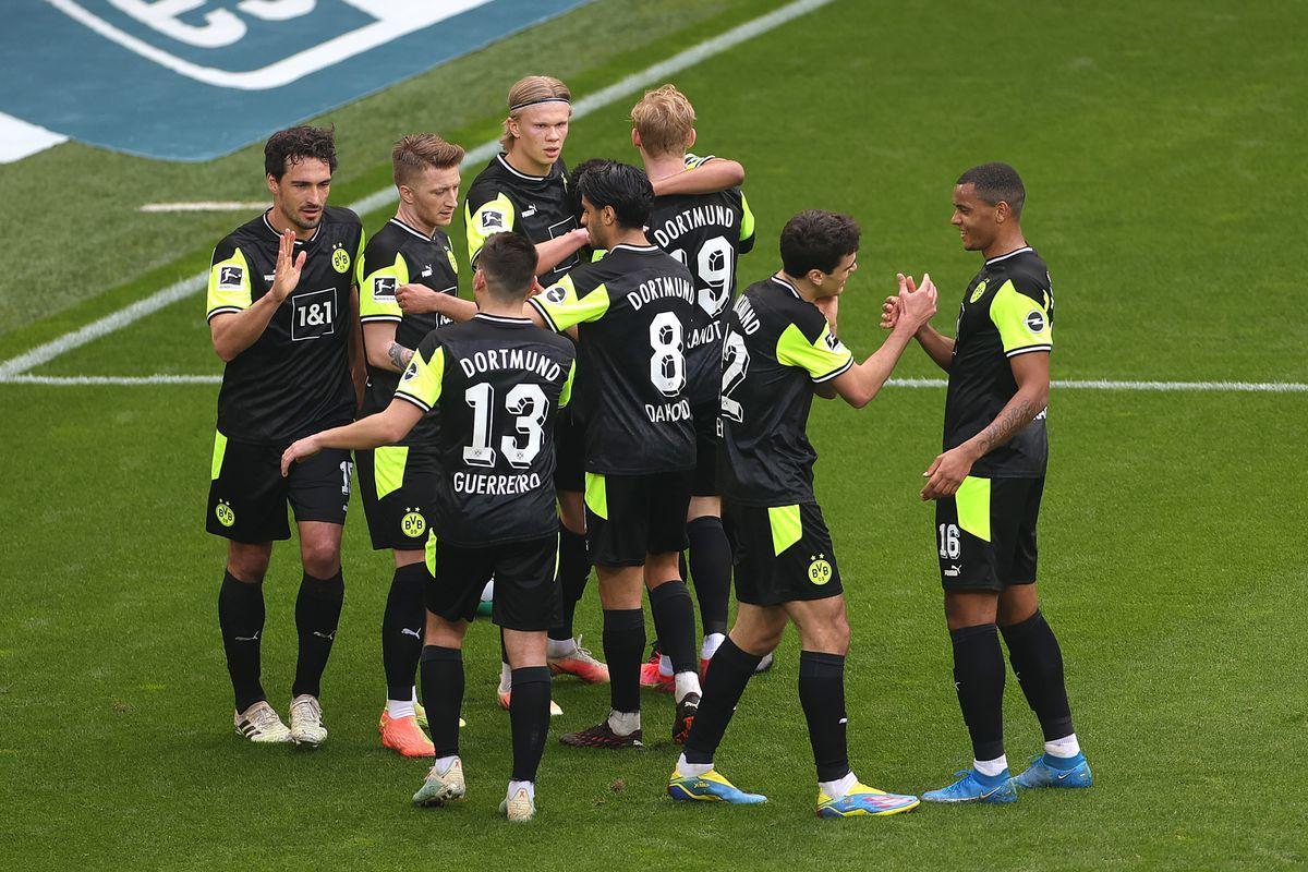 Borussia Dortmund đang tìm lại sự mạnh mẽ