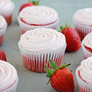 Strawberry Cupcakes (Doctored Cake Mix).