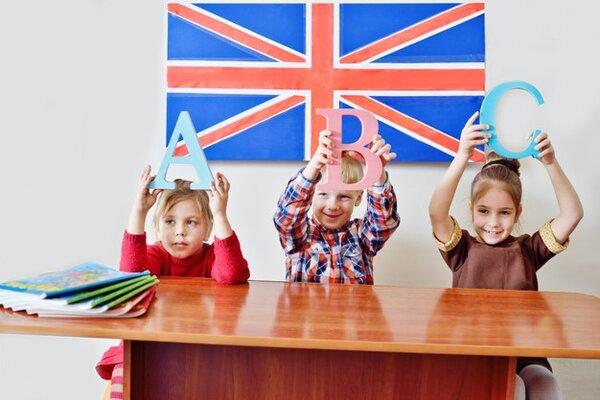 Montessori kết hợp trẻ ở nhiều nhóm tuổi trong một lớp học