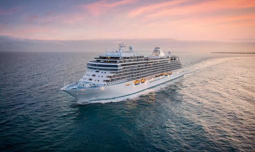 seven-seas-splendor-at-sea.jpg -  The 750-passenger Seven Seas Splendor sails to ports in the Mediterranean, Caribbean and through Scandinavia.