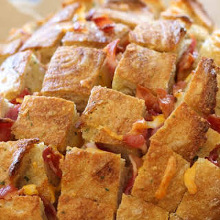 Cheesy Bacon Ranch Chicken Pull Apart Bread.