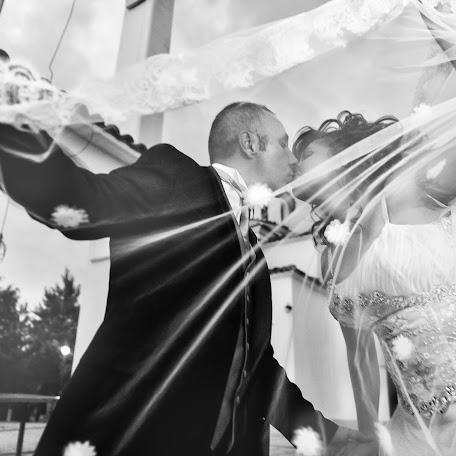Wedding photographer Yannis Stavaras (giannhsstabaras). Photo of 16.01.2018