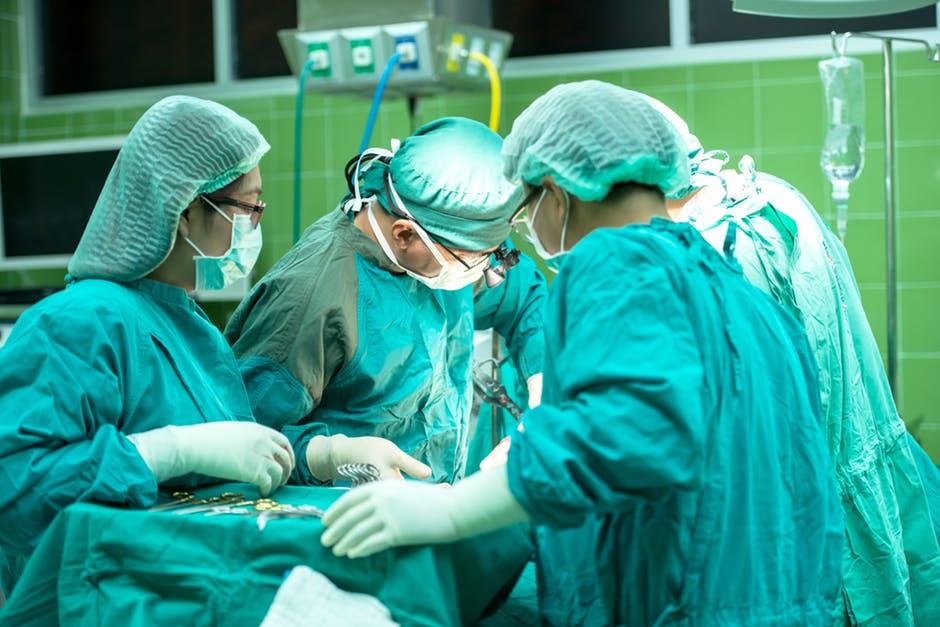 Surgeons.jpeg