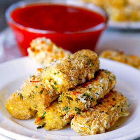 Skinny Baked Mozzarella Sticks Recept | Yummly