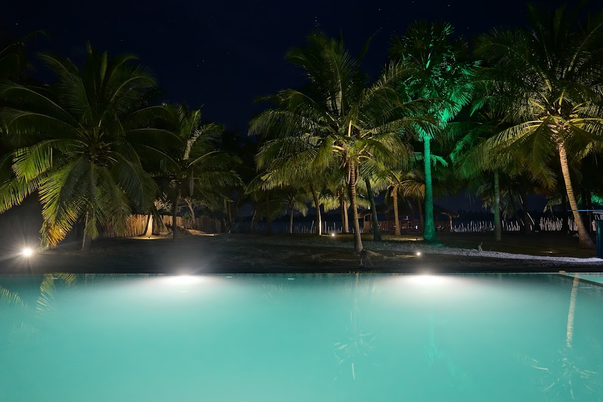 Sri. Lanka Kalpitiya Valampuri Resort. Pool by night