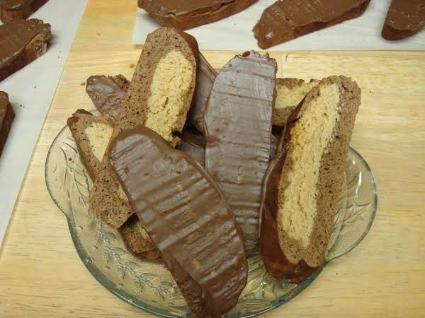 Chocolate Peanut Butter Cup Biscotti Recipe