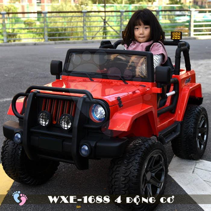 Ô tô điện cho bé WXE-1688 khủng với 4 động cơ 3