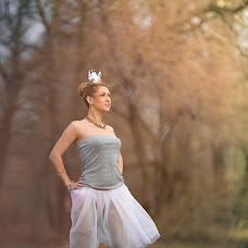 Wedding photographer Viktoriya Malashta (ejeVika85). Photo of 16.04.2014