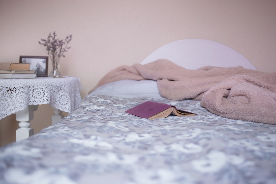 bed-1846251_960_720.jpg