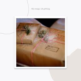 Magic of Gifting - Christmas item