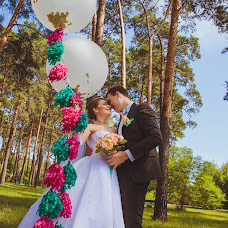 Wedding photographer Yuliya Lebedeva (Liana656656). Photo of 14.08.2015