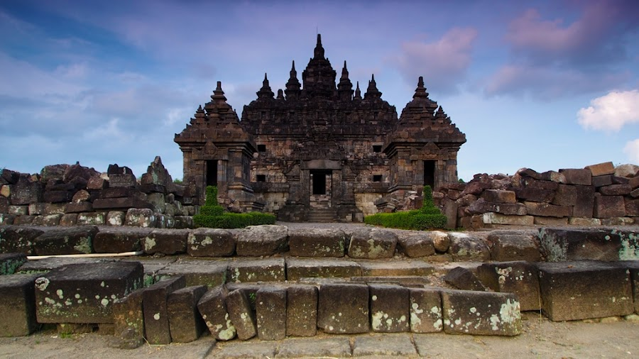 Sewu Temple by Thomas Wiwiek Widyarsono - Buildings & Architecture Public & Historical