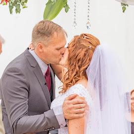 First Kiss by Christopher van Heerden - Wedding Bride & Groom