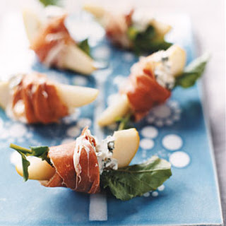 Pears with Blue Cheese and Prosciutto.