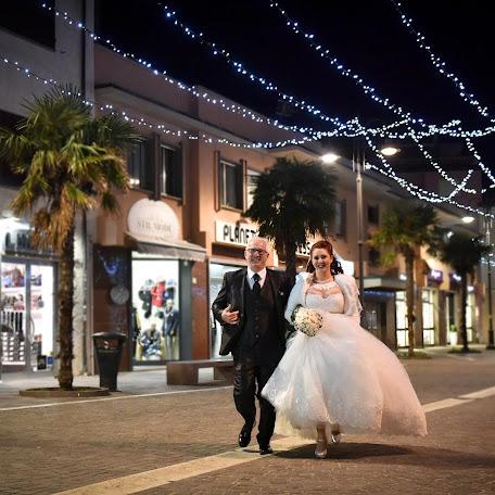 Wedding photographer Paolo Agostini (agostini). Photo of 28.12.2017