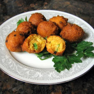 Deep Fried Southern Hush Puppies