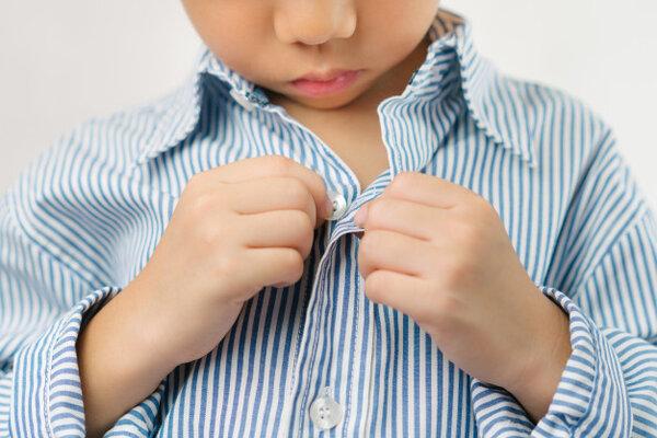 Montessori dạy trẻ cách tự lập