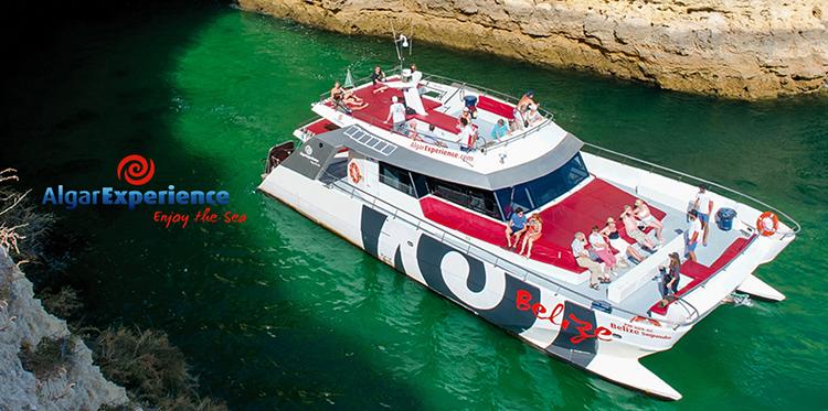 Salgados Palace e Salgados Palm Village oferecem passeio de catamarã nas reservas directas online