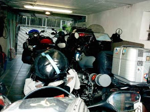 Photo: 03.06.10: Initiationszündung eingeleitet, warten auf Abholung (Urheberrecht K. Linke)