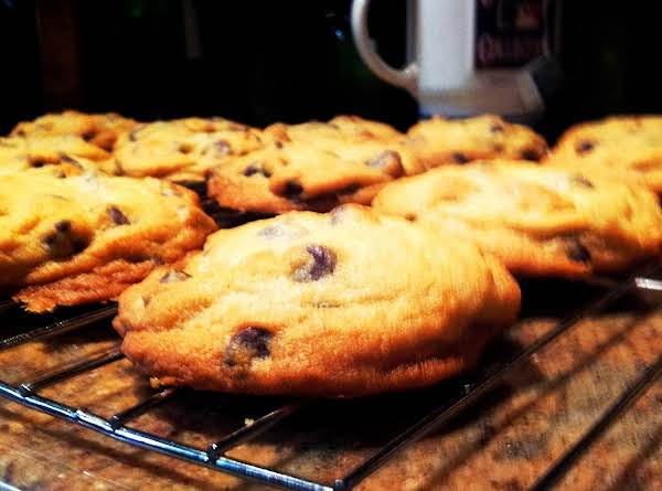 Thick Tollhouse Cookies
