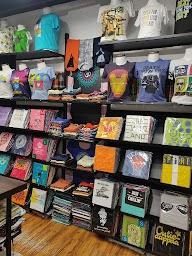 The T-Shirt Shop photo 7