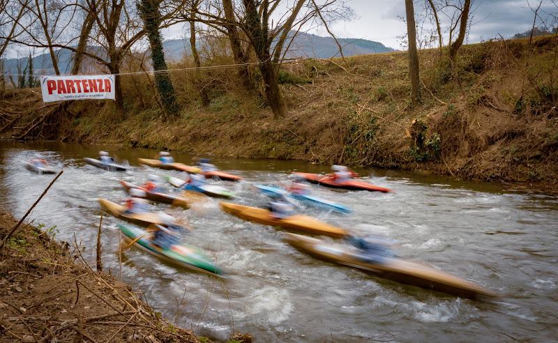 Gara di canoe sul Tevere di lucrezia_mancini_nardi