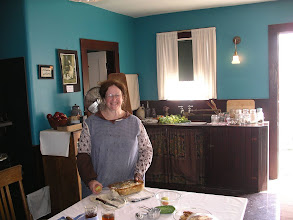 Photo: The Shapiro house, the kitchen. The house was built in 1795 and is furnished to reflect its inhabitants from the early 20th century. The Shapiros were a Jewish immigrant family and the house is seen as it would have looked in 1919.