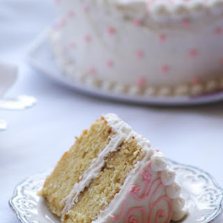Eggless Vanilla Cake Recipe with Vanilla Frosting