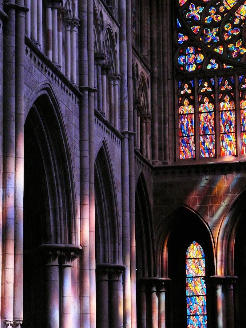 Riflessi viola nella cattedrale di MLT