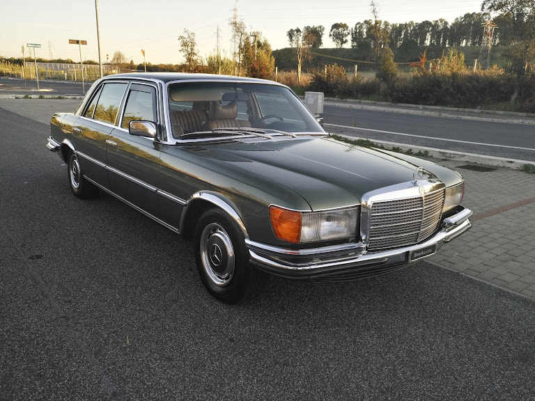 Mercedes Benz 450 Sel Hire Roma