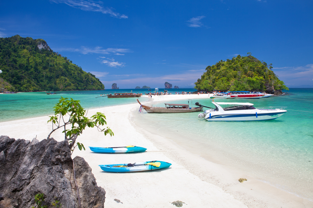 4 Island Tour by Speed Boat from Krabi