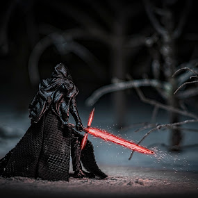 Kylo Ren Lightsaber by Scott Wood - Artistic Objects Toys ( model, macro, winter, toy, star wars, lightsaber )