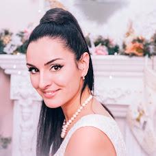 Wedding photographer Oksana Pogrebnaya (Oxana77). Photo of 21.12.2015