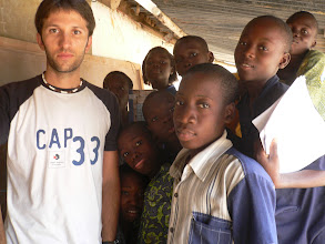 Photo: Le prof et ses élèves