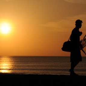 SENJA DI PANTAI KUTA by Pras Manan - Landscapes Sunsets & Sunrises (  )