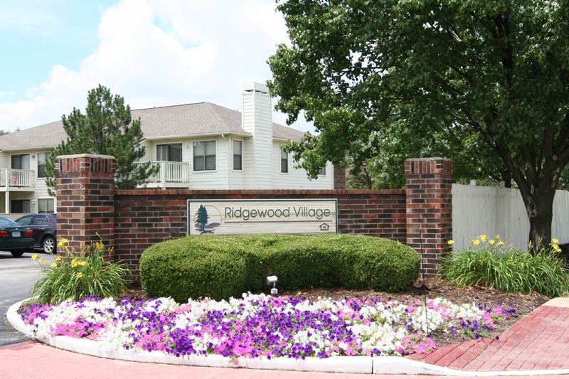 Ridgewood Village Apartments In St Peters Missouri Maxus Properties