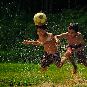 Ball in the Head by Bimo Gupono - Babies & Children Children Candids
